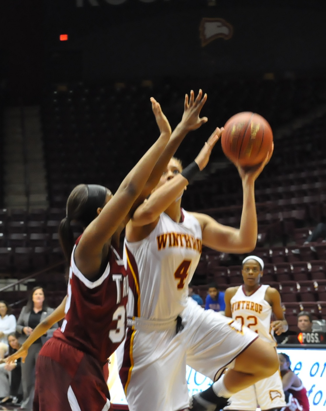 The lady Eagles' Schaquilla Nunn goes for the score during SEC's Mississippi State game. Photo by Shelby Chiasson • chiassons@mytjnow.com