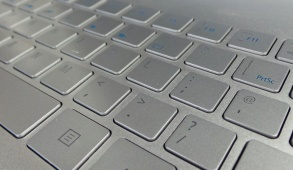 acer-aspire-s7-ultrabook-laptop-close-up