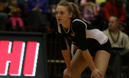 Volleyball dominates in weekend contests
